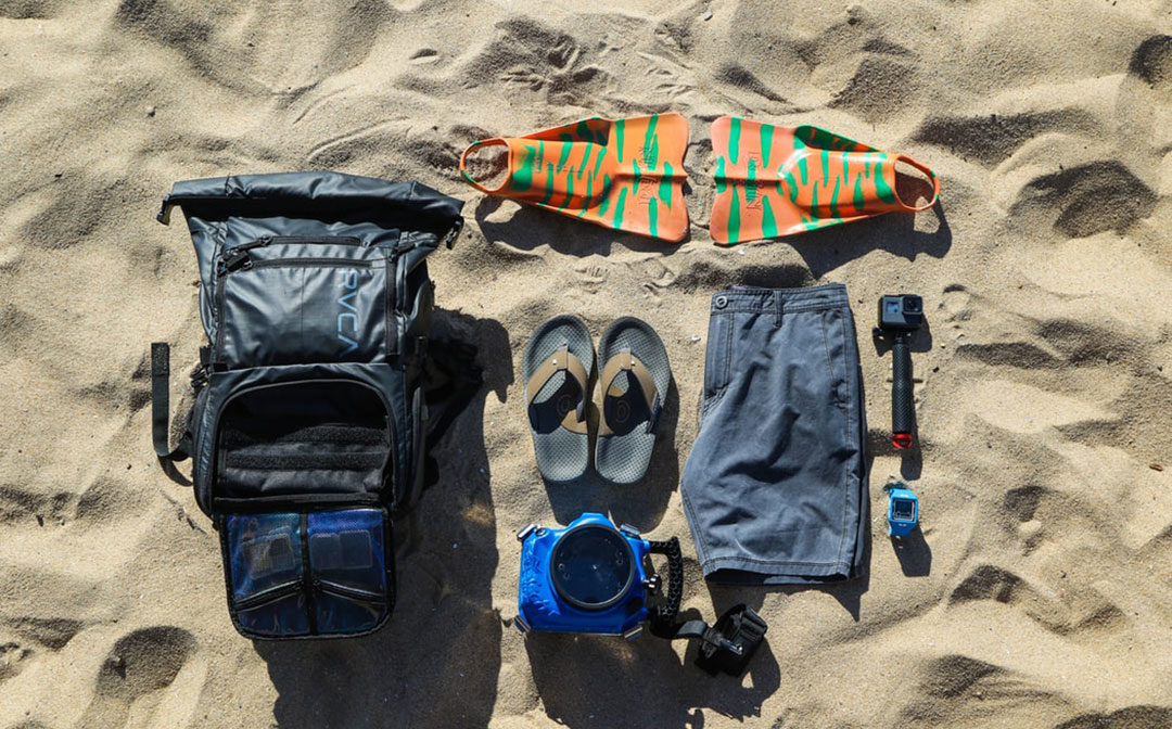 7 Summer Essentials to Bring along for Your Beach Trip