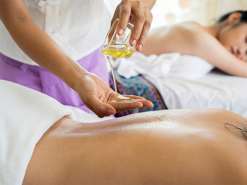 3 Reasons to Get a Thai Massage in Phuket_Thailand